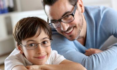 چرا بعضی از کودکان از زدن عینک سرباز میزند؟