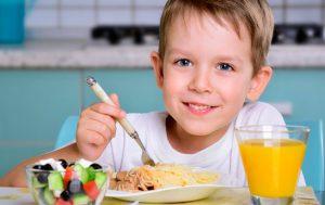 با این مواد غذایی سلامت کودکتان در سرما تضمین است