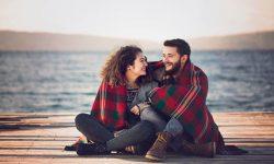 نشانه های عشق واقعی در جنس مخالف چیست؟